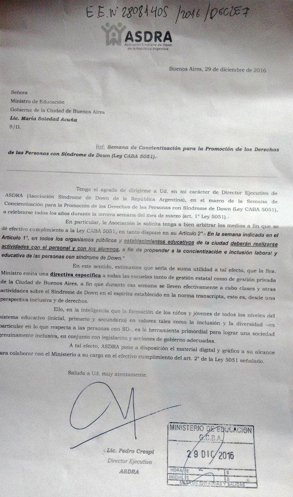 Nota a Ministerio de Educación