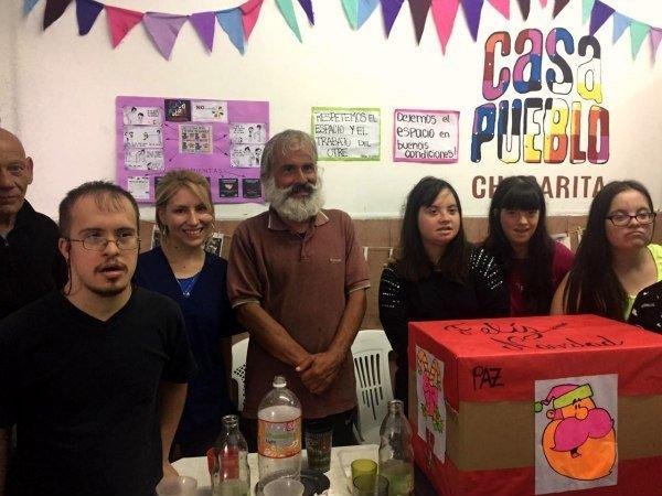 Jóvenes Solidarios de ASDRA compartieron un almuerzo en Casa Pueblo