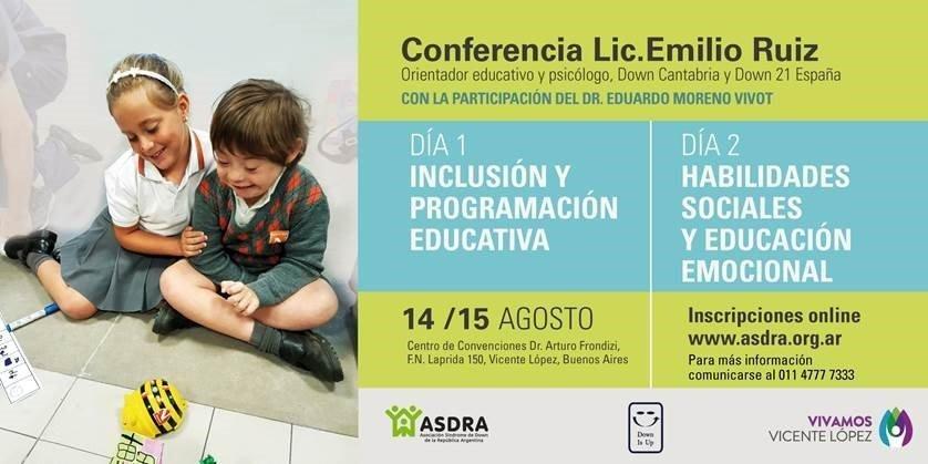 Conferencia del Lic. Emilio Ruiz